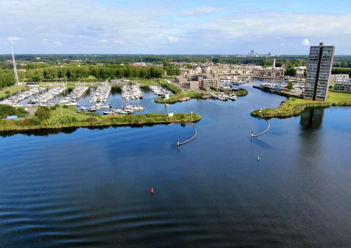 Gemeente haven Vaste ligplaatsen - Hafen bei Almere
