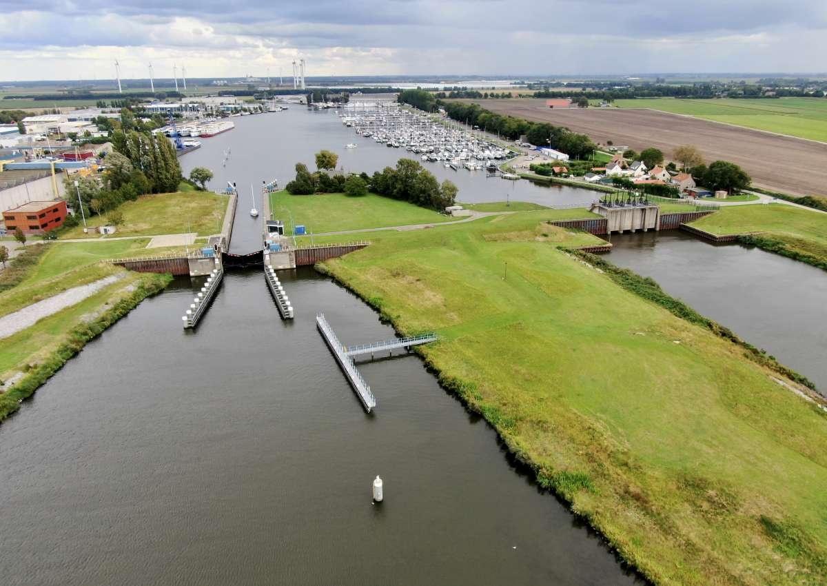 Jachthaven Waterkant - Hafen bei Steenbergen (Dinteloord)