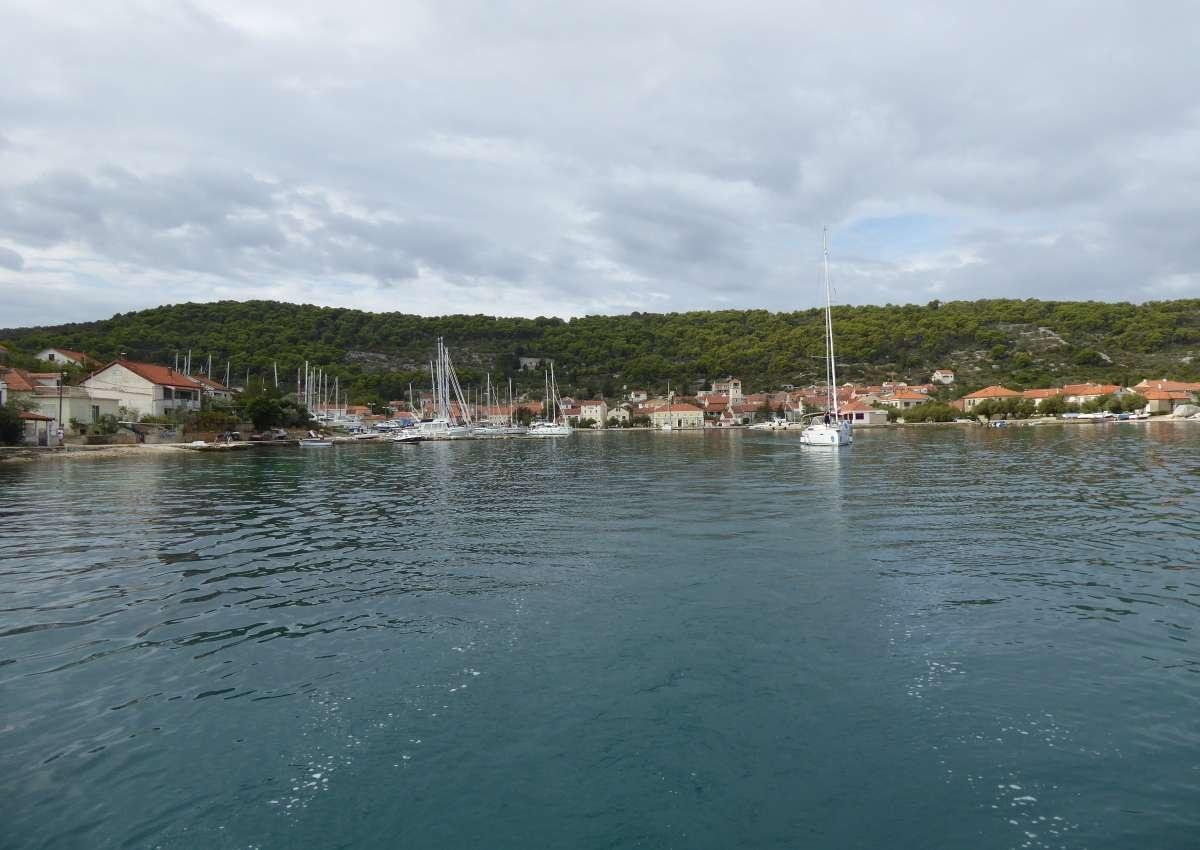 Veli Iz Marina - Hafen bei Grad Zadar