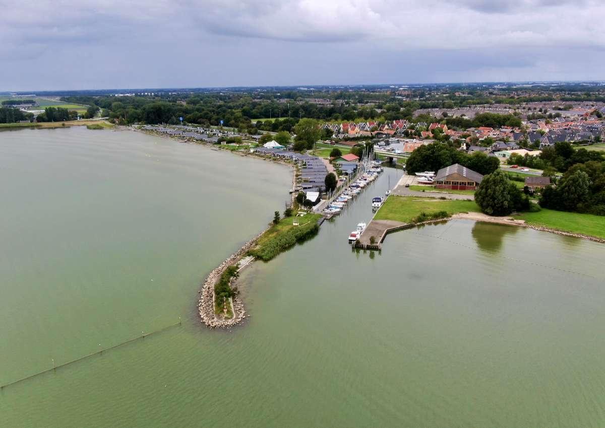 W.s.v. de Broekerhaven - Hafen bei Stede Broec (Bovenkarspel)