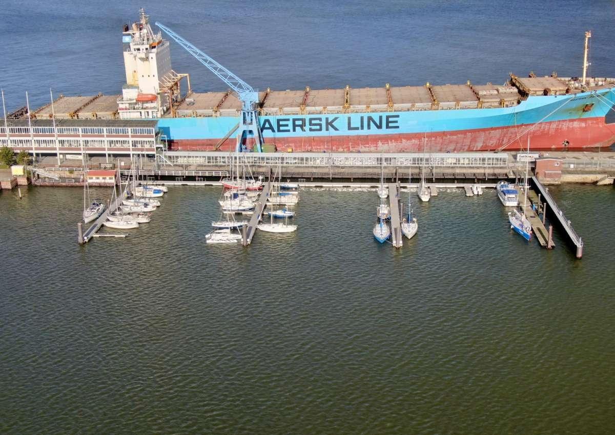 Cuxhaven LCF Yachthafen - Hafen bei Cuxhaven (Groden)