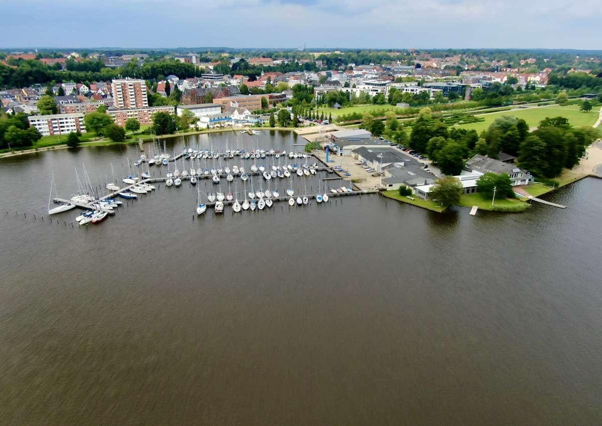 Schleswiger Yachthafen - Hafen bei Schleswig (Lollfuß)