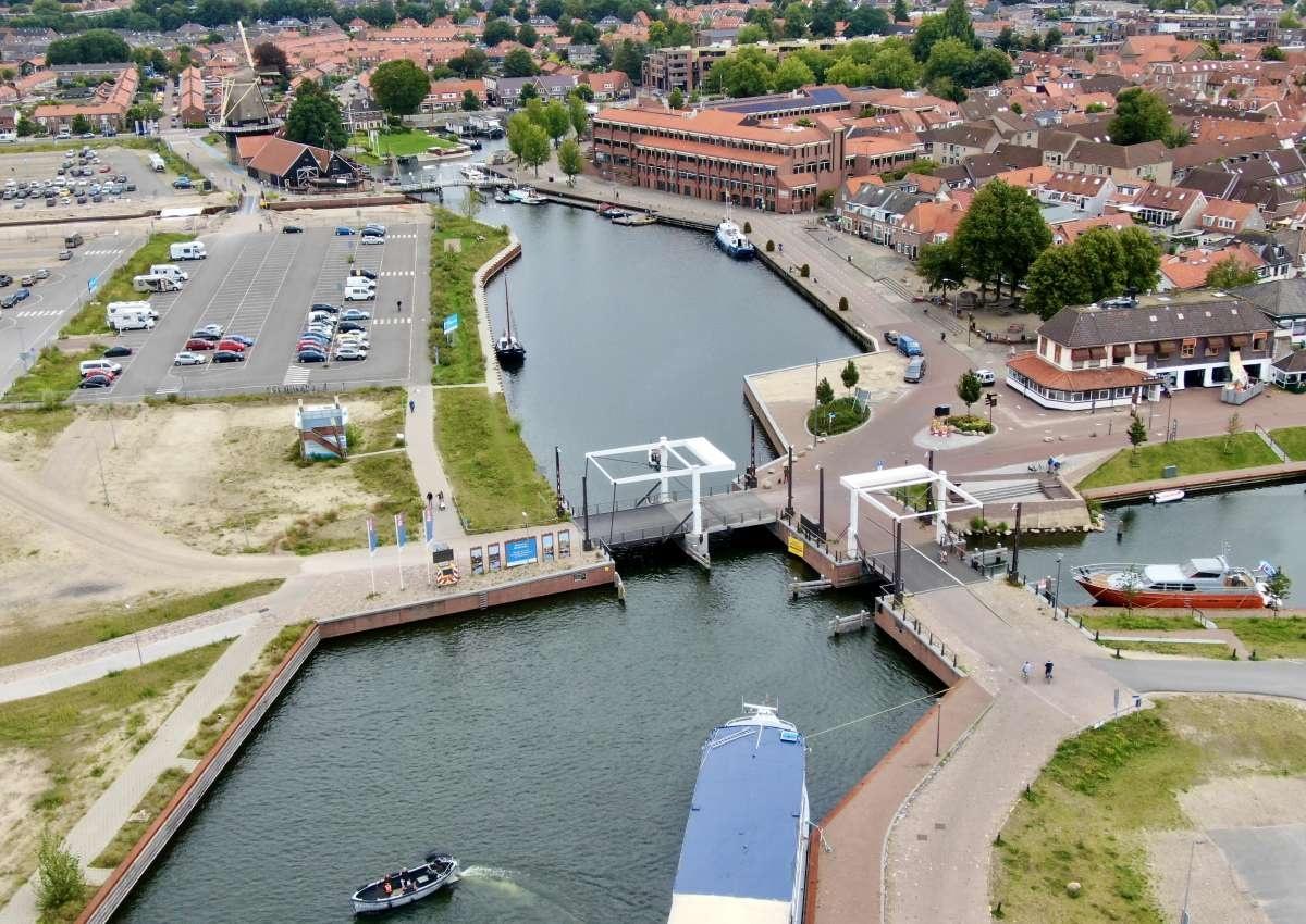 Chartervaart Harderwijk B.V. - Hafen bei Harderwijk