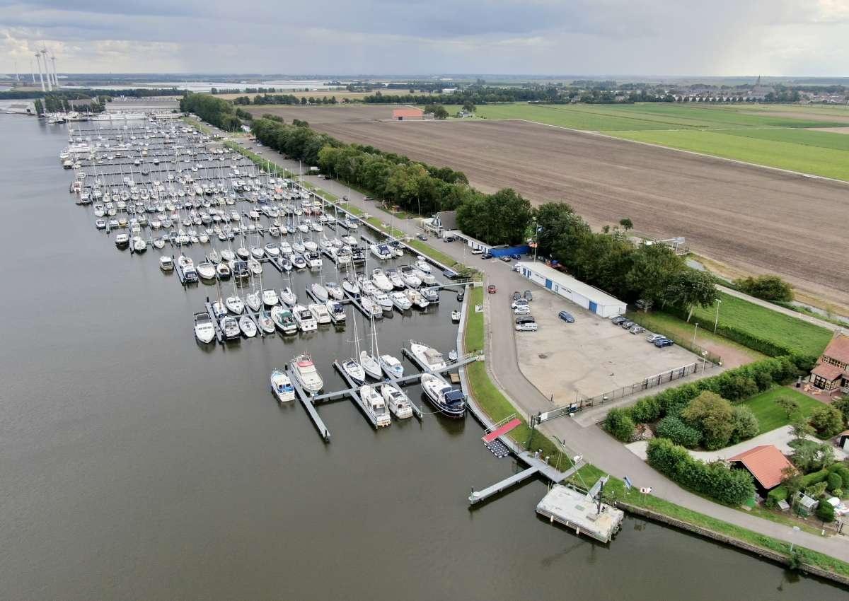 W.s.v. de Dintel - Marina près de Steenbergen (Dinteloord)