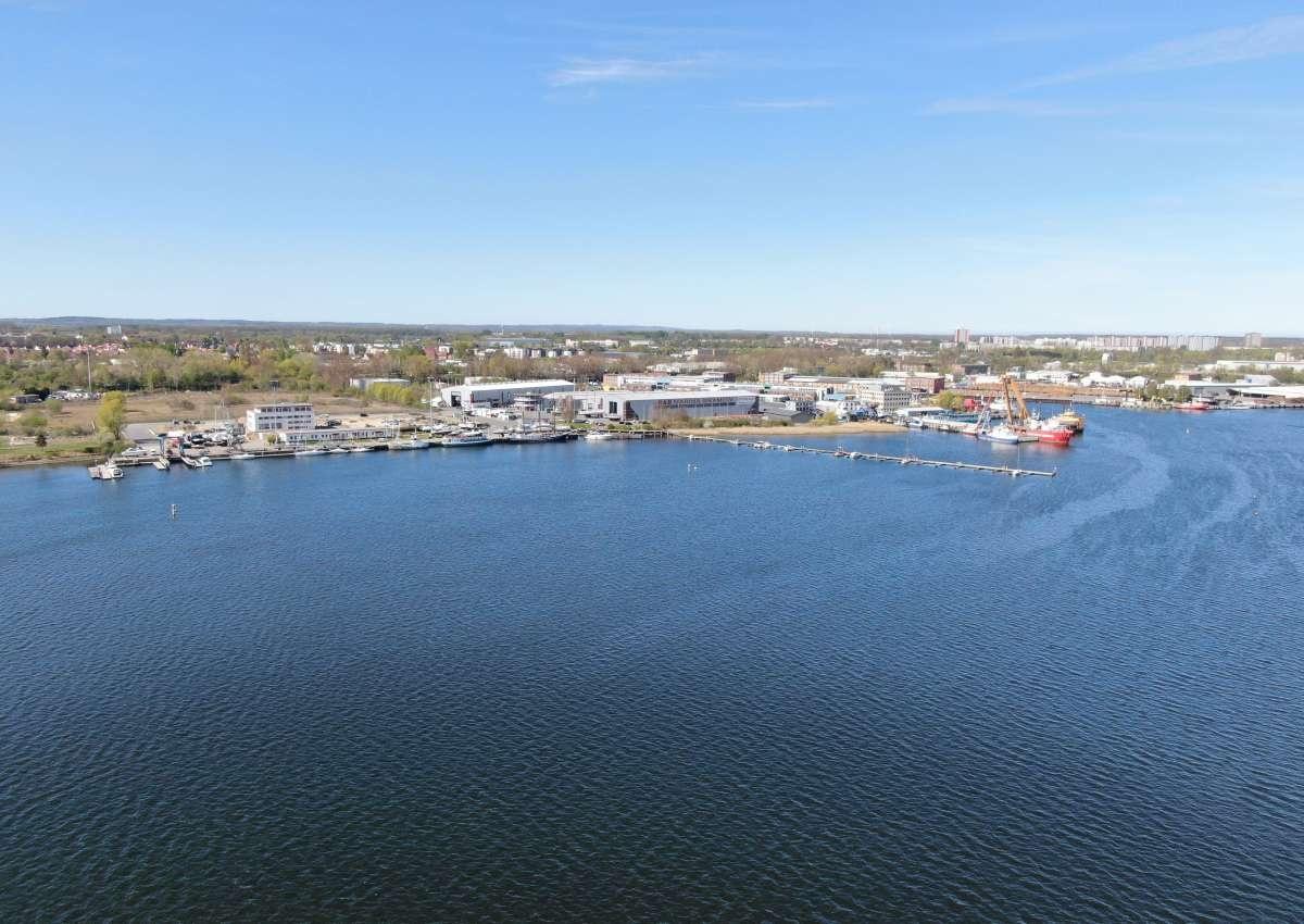 Marina Bramow - Hafen bei Rostock (Kröpeliner-Tor-Vorstadt)