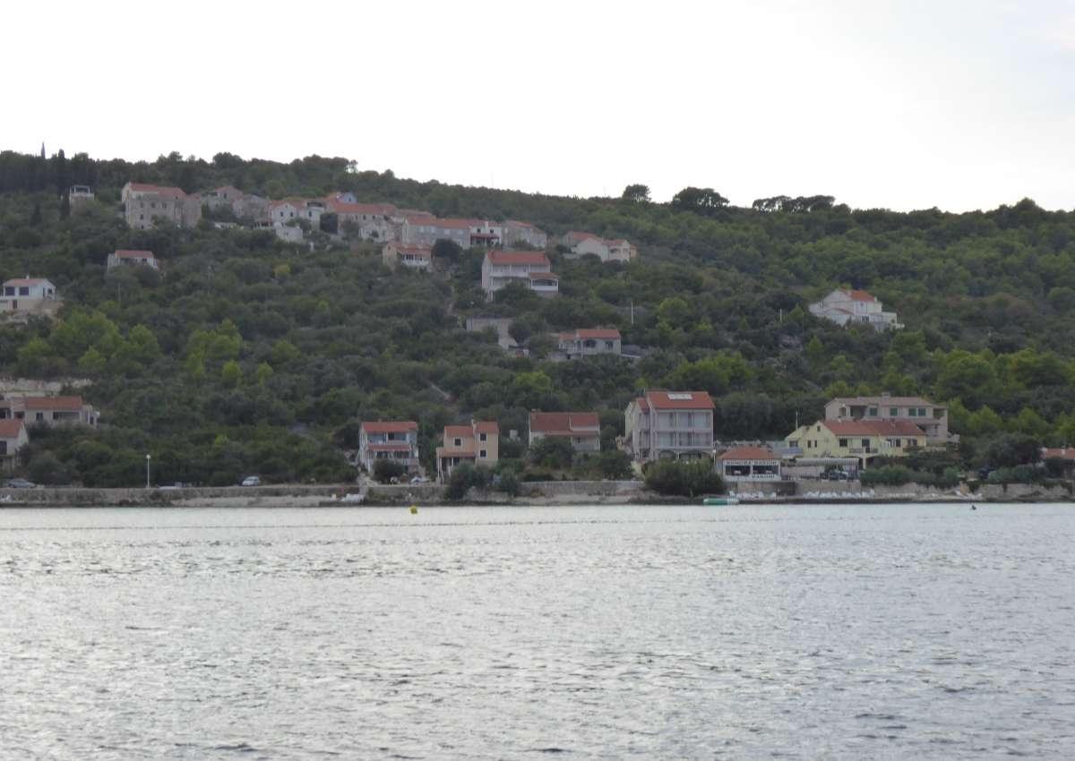 Knez  - Hafen bei Grad Zadar