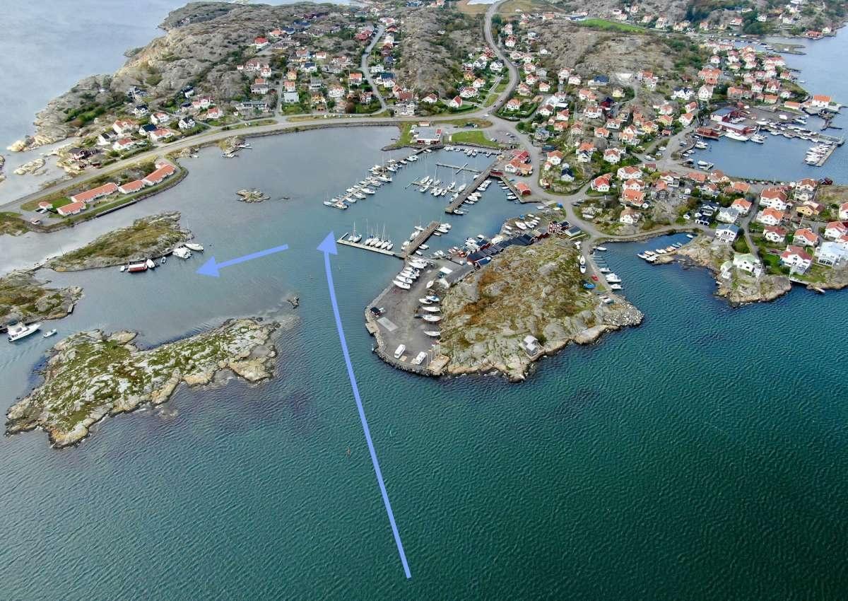 Hälsö - Hafen bei Hälsö