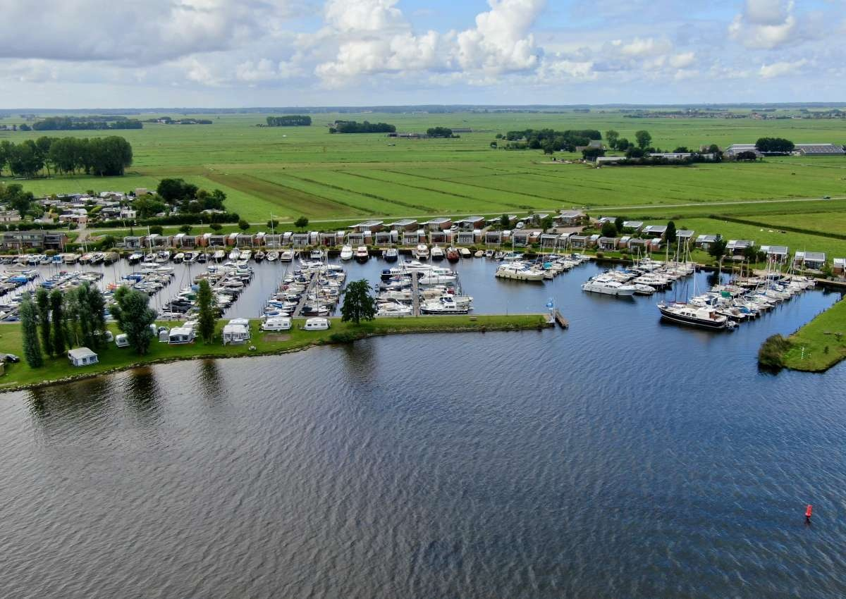 Marina Nieuwboer - Hafen bei Bunschoten (Bunschoten-Spakenburg)