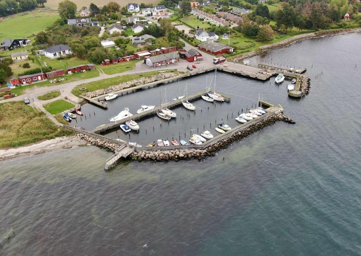 Hårbølle Havn - Marina près de Store Damme