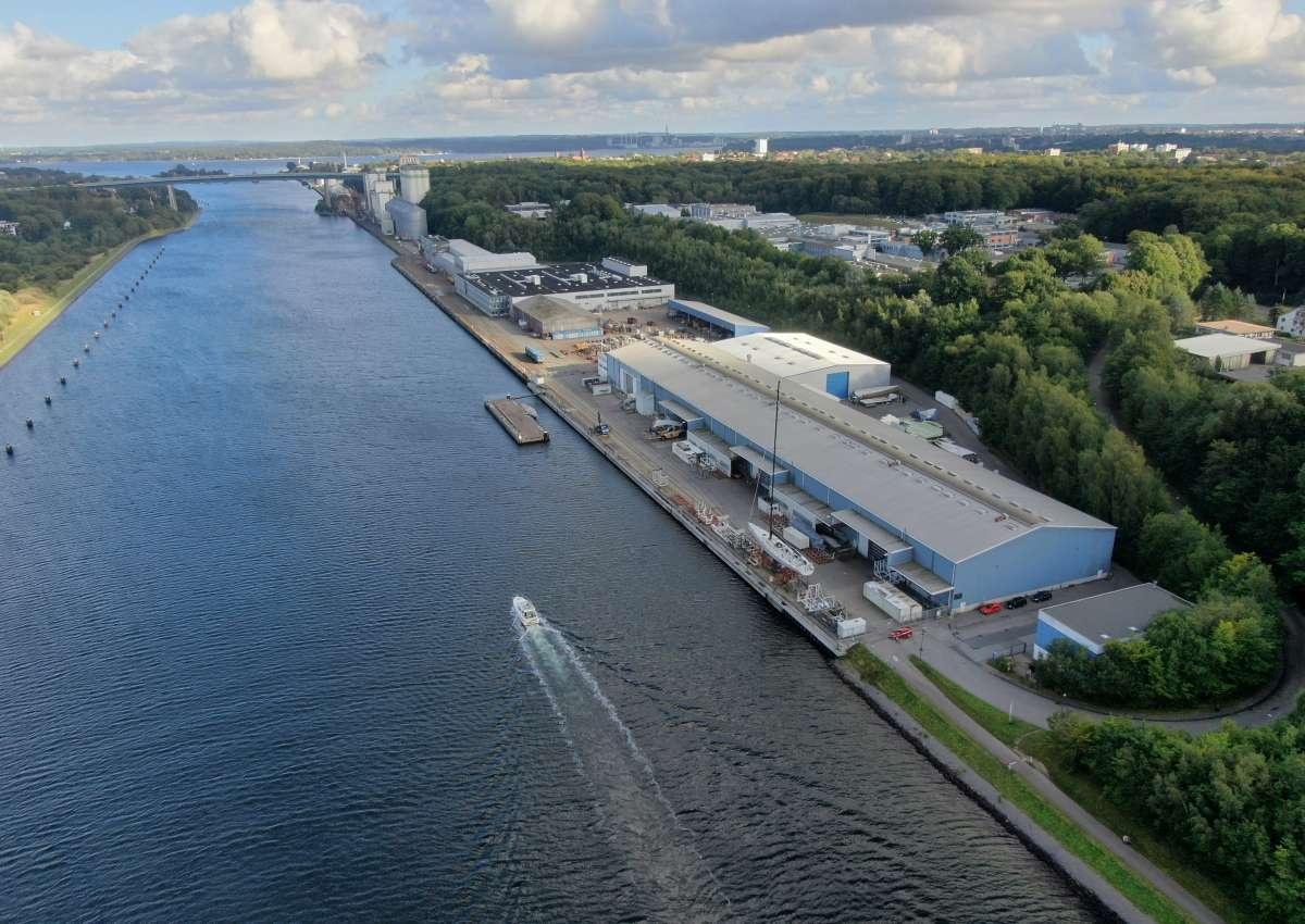 Knierim Yachtbau - Hafen bei Kiel