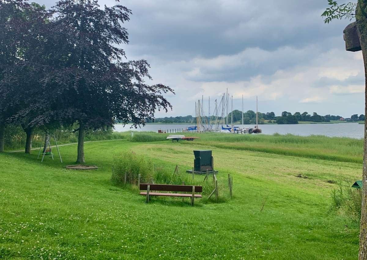 Stauertwedt Brücke - Marina près de Ulsnis