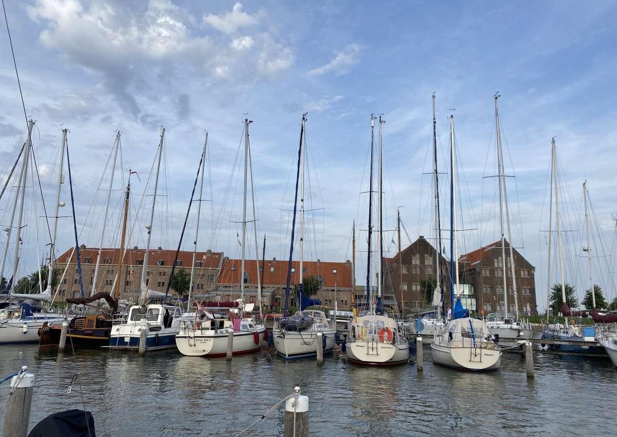 Stichting Jachthaven Hoorn - Hafen bei Hoorn
