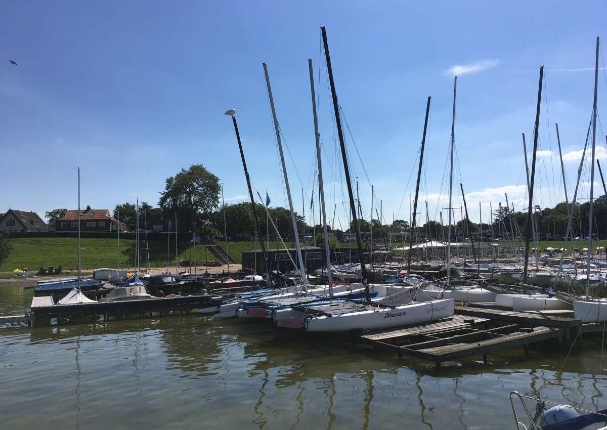 Watersports Center Muiderberg - Hafen bei Gooise Meren (Muiderberg)
