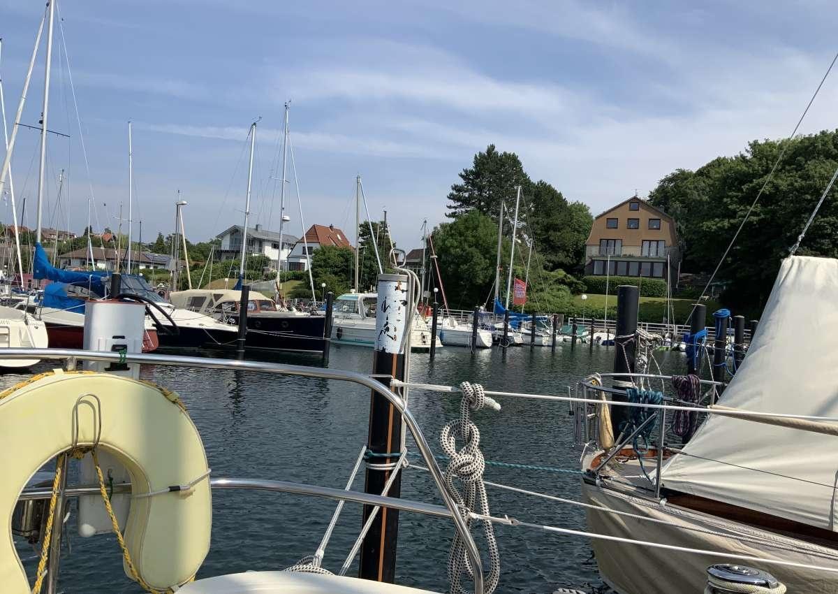 Möltenort - Hafen bei Heikendorf