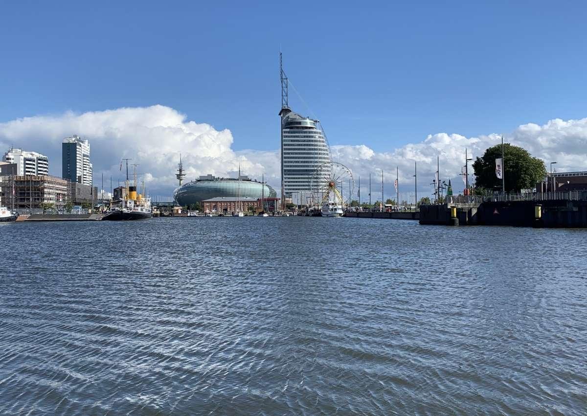 Bremerhaven - im-jaich Lloyd Marina - Marina near Bremerhaven (Mitte)