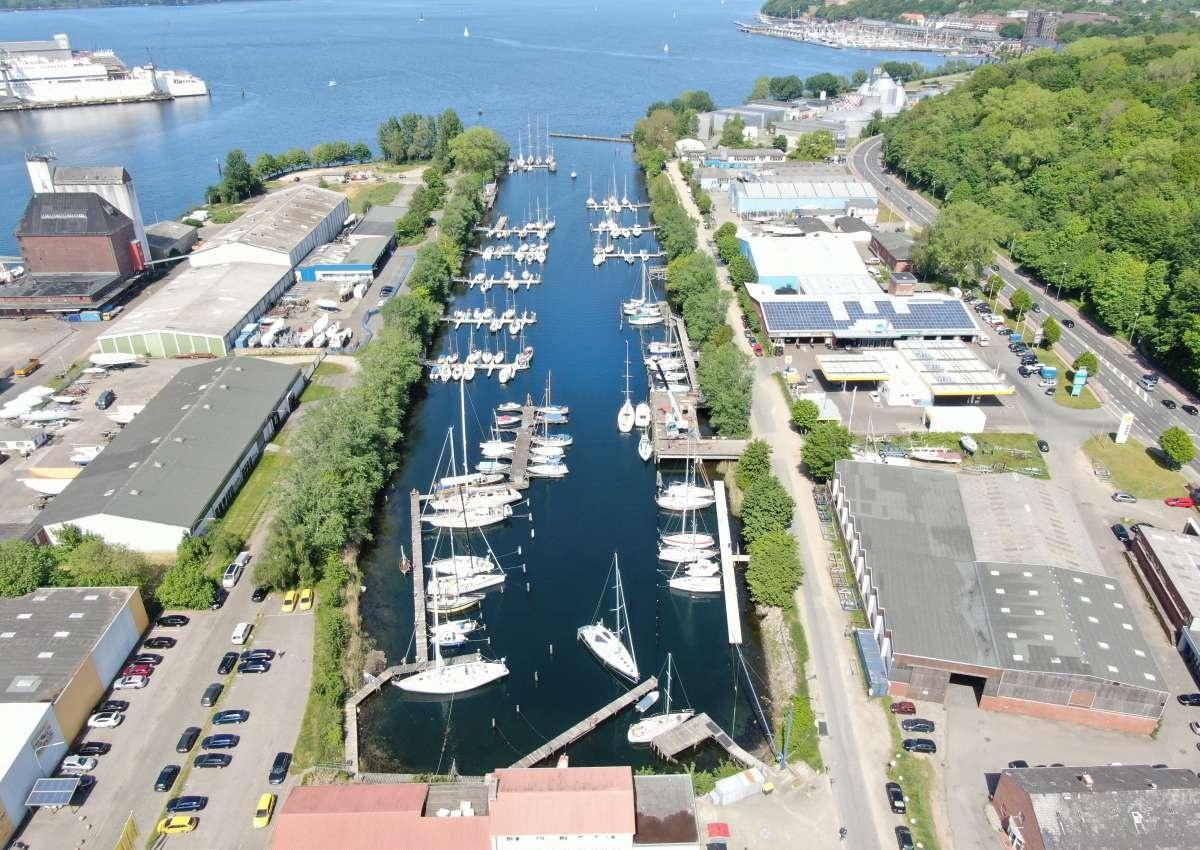 Industriehafen FLENSBURGER YACHT-SERVICE GMBH & CO. KG - Marina near Flensburg (Blasberg)