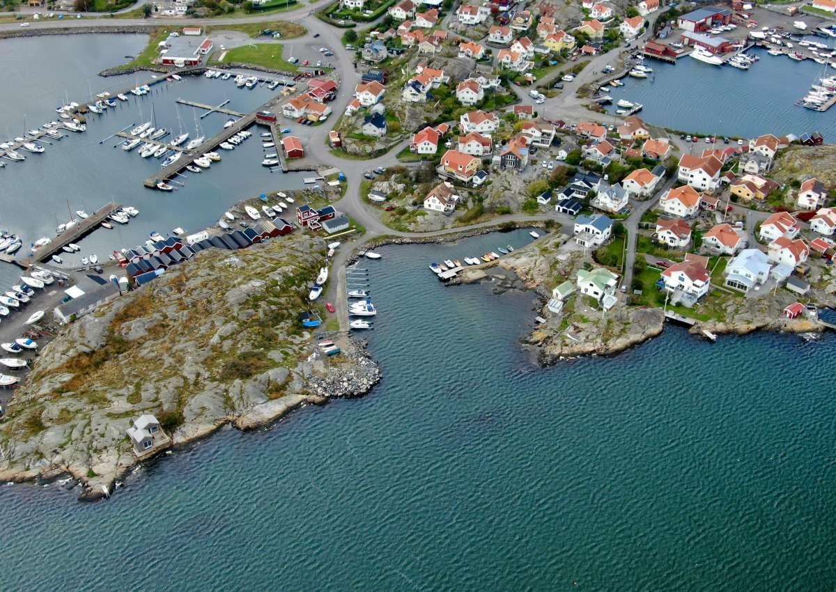 Hälsö Marina - Hafen bei Hälsö