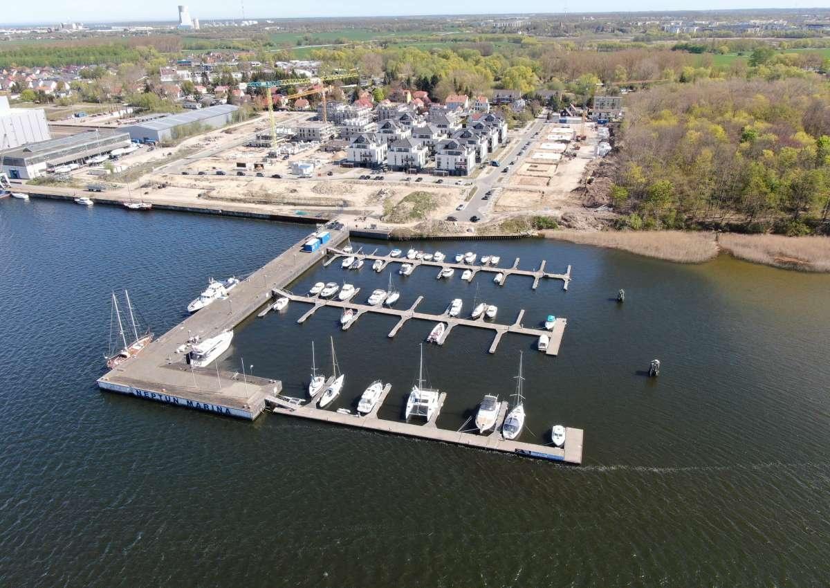 Neptun Marina - Hafen bei Rostock (Gehlsdorf)