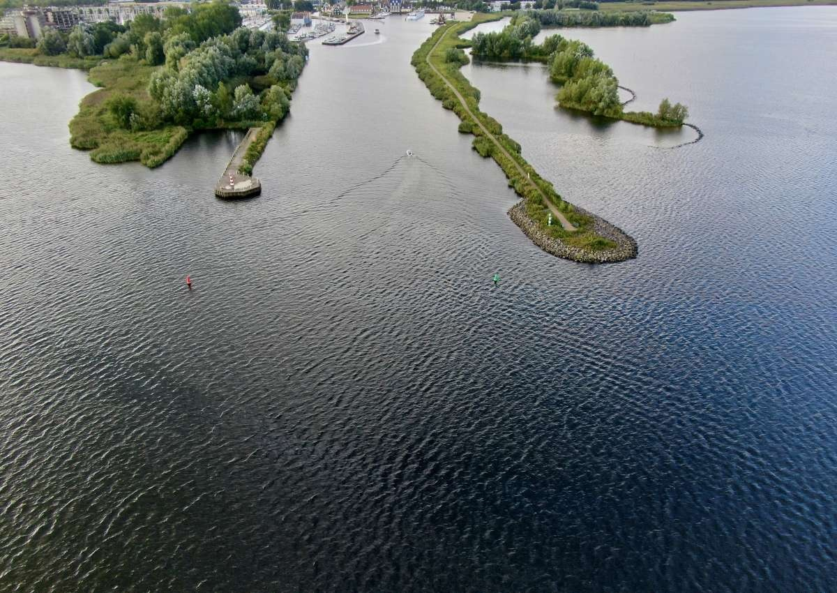 Stichting Jachthaven Huizen 't Huizerhoofd - Hafen bei Huizen